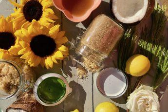 Body Scrubs, DIY, Lemon, Moisturise, Pamper, Peppermint, Self Care, Simple, Easy, Skin, Skincare